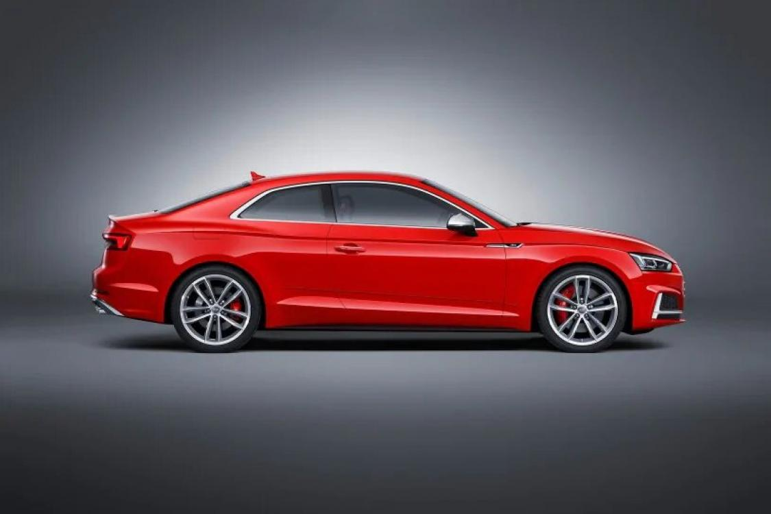 2018 Red /Black Leather Audi RS5 quattro Coupe (WUAPWAF50JA) with an 2.9L V6 DOHC 24V engine, 8A transmission, located at 6855 Stone Dr, Las Vegas, NV, 89110, (832) 726-6080, 36.171677, -115.022240 - Photo #19